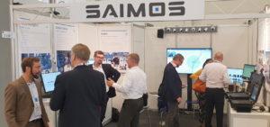 Die ersten Besucher des SAIMOS Messestandes auf der Security in Essen.